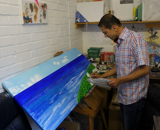 Mahmood Roostaei, Petersfield Artist at work
